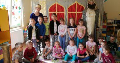 Teatr Kalejdoskop w przedszkolu
